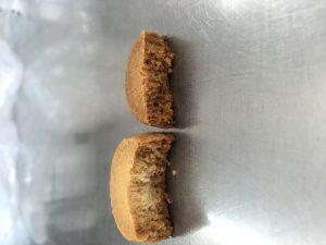 クッキー焼きすぎ汗