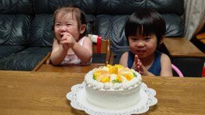 妻へバースデーケーキ